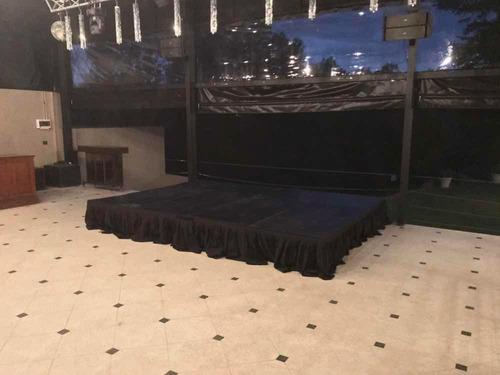 escenario modular / tarima a medida / pasarela para eventos