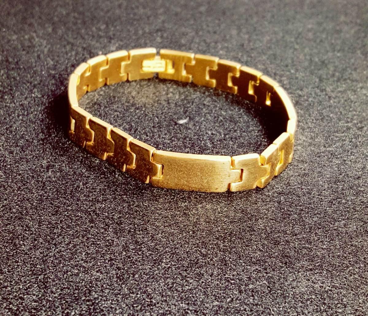 f8758b16c9d7 esclava oro lam. y acero inox. para caballero envío gratis. Cargando zoom.