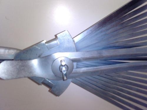 escobilla de metal graduable (sin cabo)
