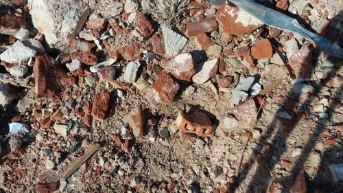 escombro, tosca, arena sucia, rellenos varios arena terciada