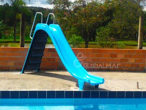 escorregador para piscina toboágua com saida de água