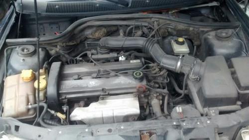 escort 1.8 16v gasolina