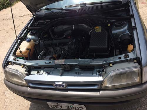 escort 1995 motor ap 1.8i  78000 km originais pneus novos