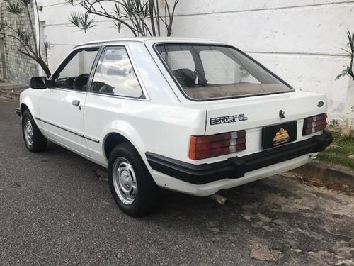 escort gl 1986 40.000 km placa preta