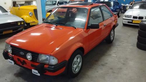 escort xr3 1984 placa preta newcar
