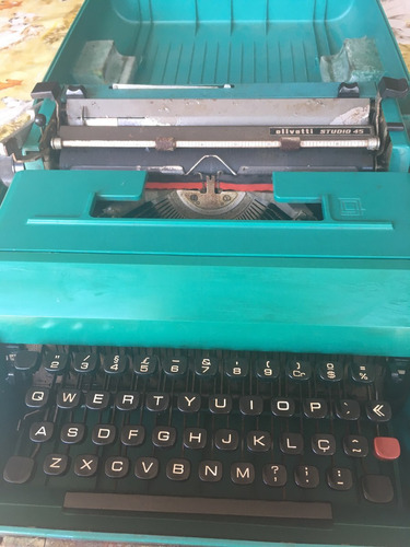 escrever olivetti máquina