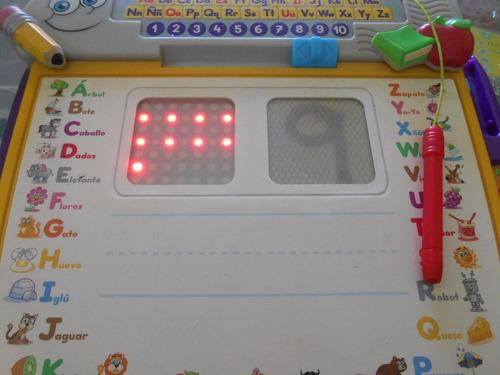 escritorio actividades de aprendizaje fisher price