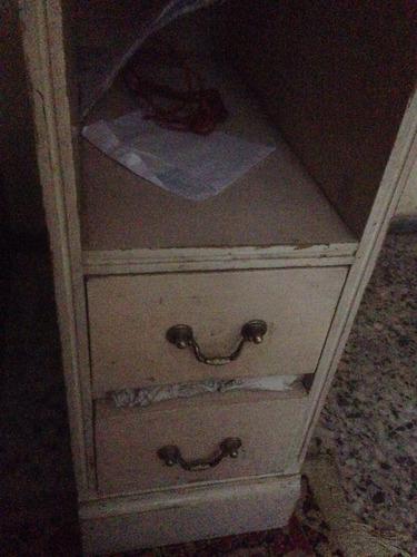 escritorio antiguo pinotea