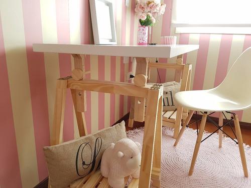 escritorio con caballetes regulables