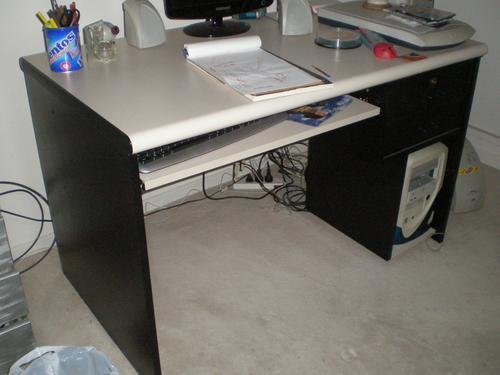 escritorio de computacion  2 cajones
