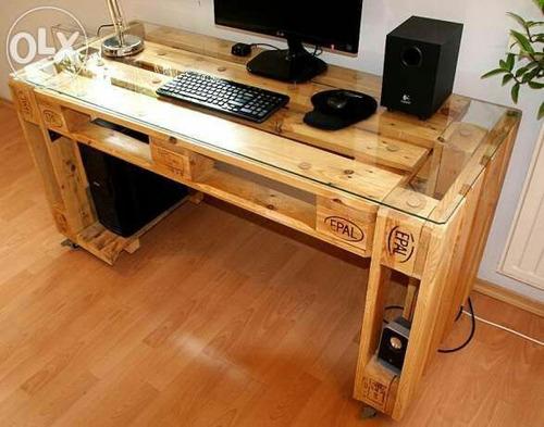escritorio de madera estilo palet
