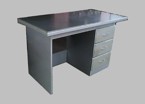 escritorio de mdf de 18mm 1.22 x 77 x 61