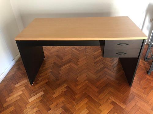 escritorio de oficina usado con 2 cajones