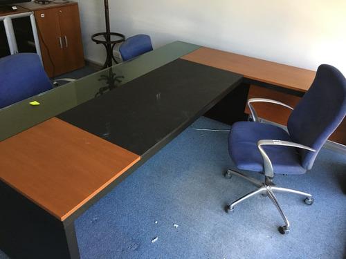 escritorio en l  ideal profesional director gerente estudio