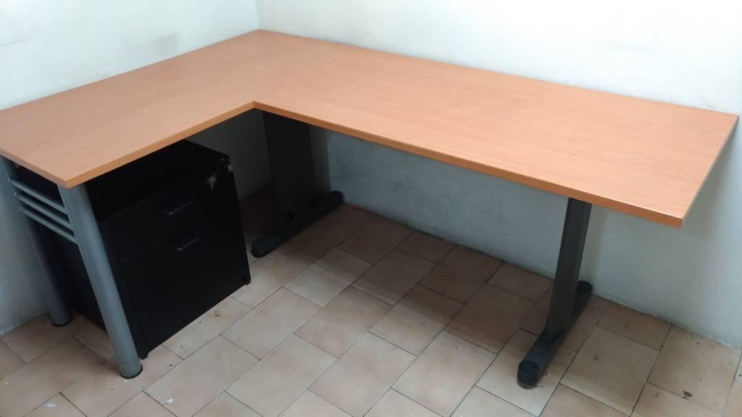 Escritorio Mesa Modular Oficina Con Archivador Tipo L Usado - Bs ...