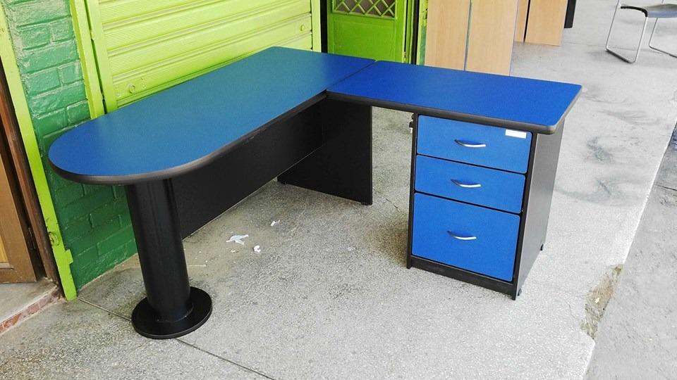Escritorio modular peninsular azul negro bs for Escritorio modular