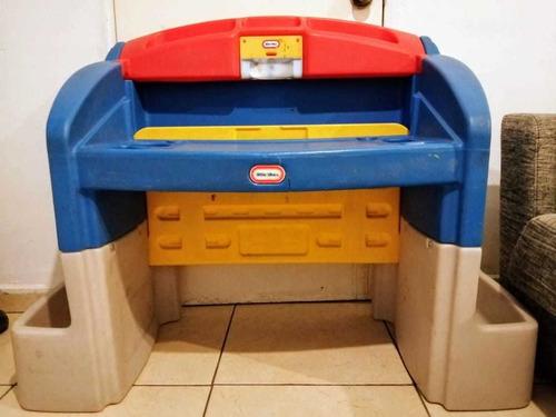 escritorio para niño little tikes