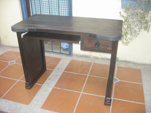 escritorio para p.c. artesanal.