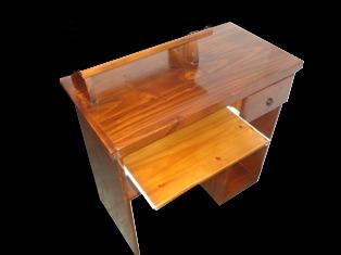 escritorio pc  laqueado poliuretánico - somos fabricantes -