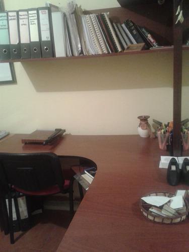 escritorio tipo ele y organizador superior en 60$