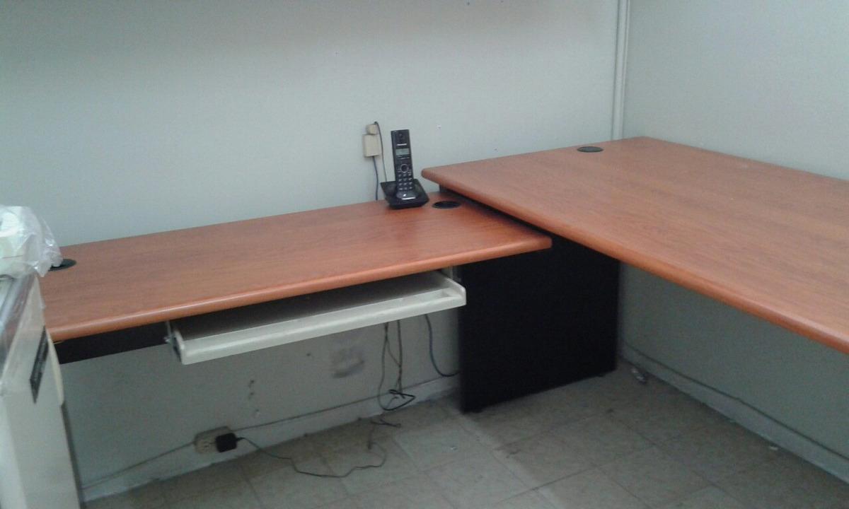 Estantes Para Archivos Oficina.Escritorio Estantes Y Archivos Para Oficina Y Hogar Usado En Bs