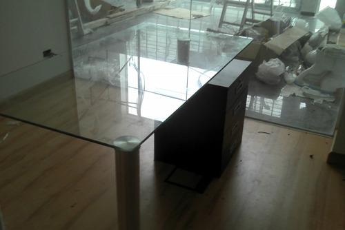 escritorios a medida de vidrio color/inc , somos fabricantes