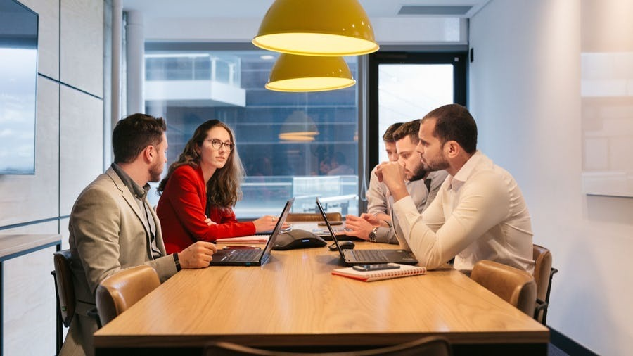 escritórios flexíveis, prontos para uso.