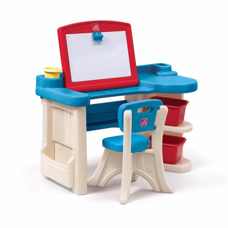escritorios y carpetas con pizarra para eeuu