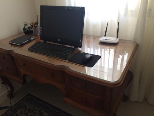 escrivaninha de bali, com 5 gavetas e tampo de vidro