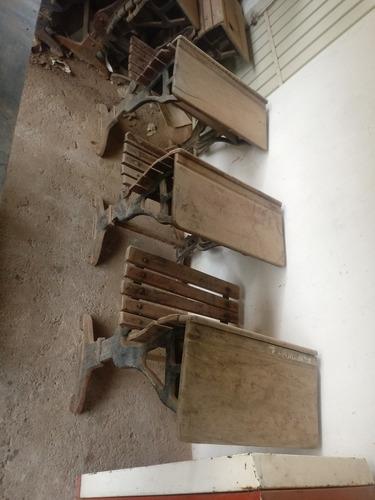 escrivaninha de escola muito antiga 10a
