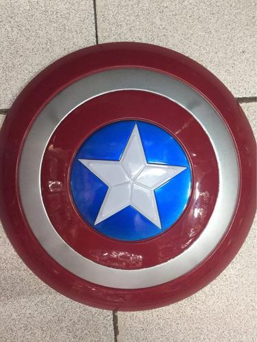 escudo del capitán américa con luz y sonido 32cm aprox