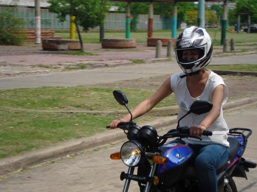 escuela de manejo de motos