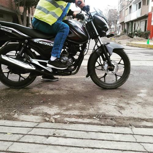 escuela de manejo de motos avz motoracing callao 100% seguro