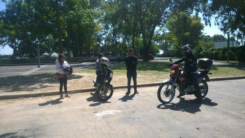 escuela de manejo para motos. cursos y clases de manejo