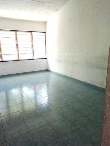 escuela en renta $28,000.00 calle teopanzolco