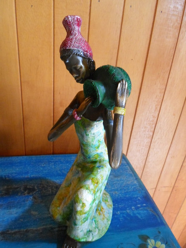 escultura africana em gesso