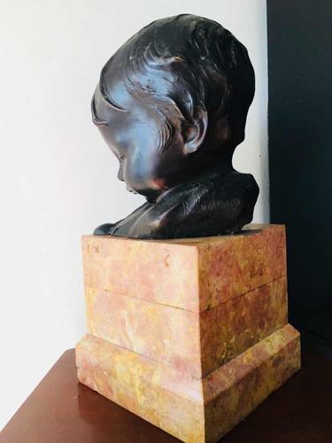 escultura antigua de bronce firmada bernardo balestrieri