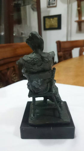 escultura antimonio antigua