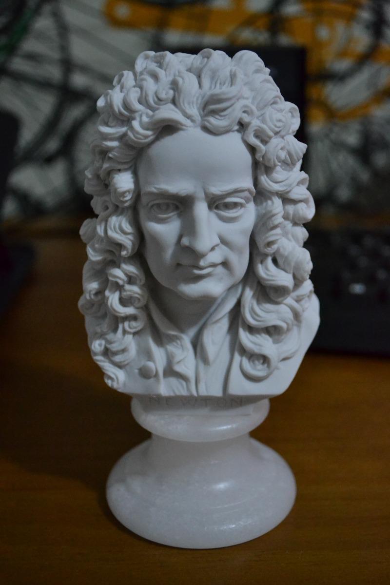 escultura busto sir isaac newton marmore 15cm made italy r 265 00