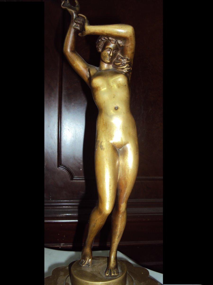 Escultura De Bronce La Venus Desnuda Con Base Mármol 2230 1260000