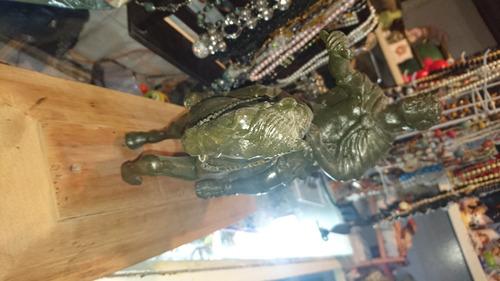 escultura de carlos iv hecha en bronce
