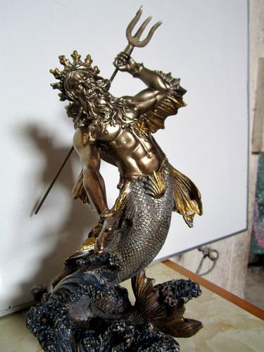 escultura de poseidon en color bronce nuevo