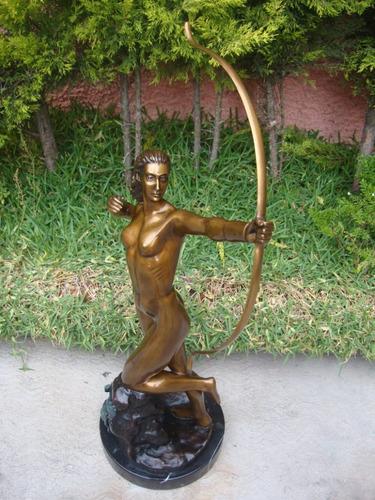 escultura  diana cazadora , preciosa, arte en bronce.