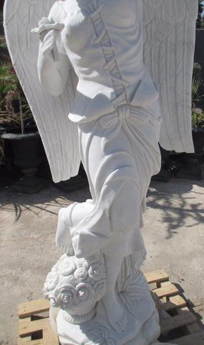 escultura  en mármol - angel de la primavera