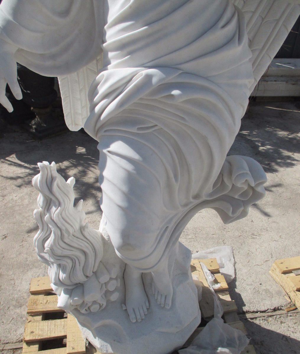 Escultura en m rmol angel del invierno en for Precio del marmol en chile