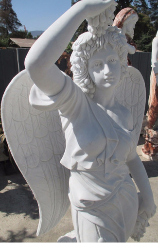 escultura  en mármol - angel del verano