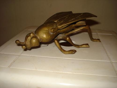 escultura mosca centro de mesa bronze