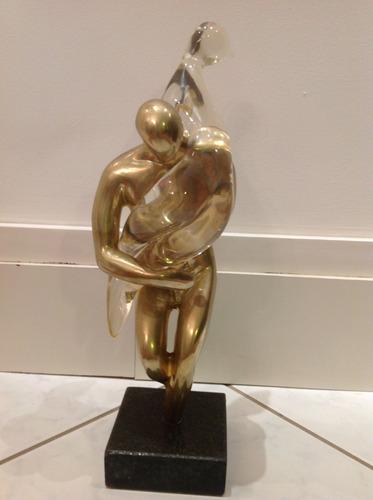 escultura   o rapto das sabinas  em bronze polido e acrílico