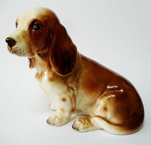 escultura  porcelana figura cachorro, numerado - lenach