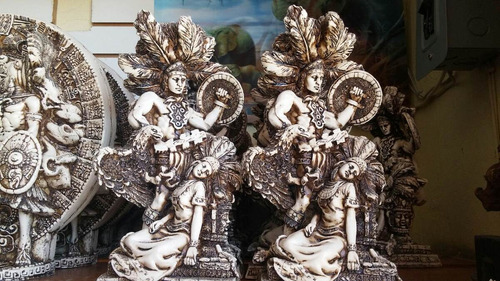 escultura prehispanica representando al amor eterno